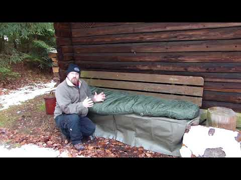 Schlafsack mit Rei/ßverschluss auf der linken Seite SnugPak Jungle Bag