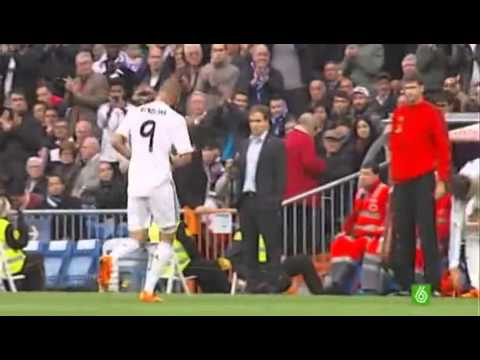 The day Karim Benzema received a standing ovation from all Santiago Bernabeu