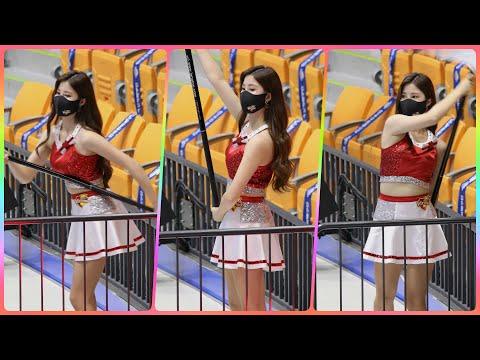 [4K] 치어리더 한유진 직캠 (cheerleader) - 한국전력 깃발응원 @남자배구경기/201118/Fa…