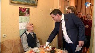 Глава области Андрей Никитин встретился с ветеранами Великой Отечественной войны