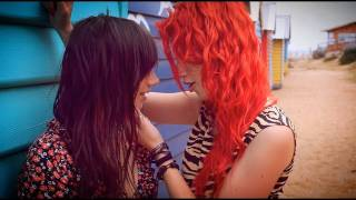 What Makes You... Lesbian? - Kimmi Smiles & Louna Maroun -  [One Direction -