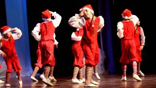 Танец гномиков · 17.12.2011, утренник в Jõhvi Huvikeskus