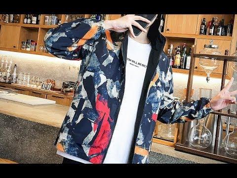 Мужская куртка ветровка с капюшоном и принтом