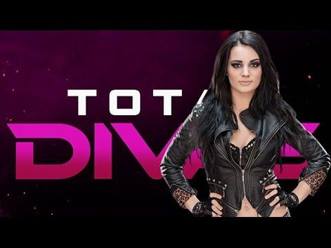 Paige & Rosa Mendes WWE Total Divas ™