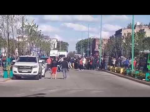 Video. Violento enfrentamiento entre trabajadores petroleros en Ensenada