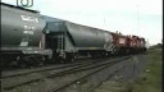 preview picture of video 'Tren de FEPSA saliendo de Trenque Lauquen'