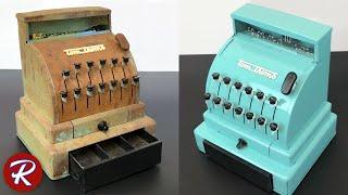 Старинные игрушки – кассовый аппарат 1950-х годов