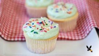 Vanilla Cupcake Recipe (Magnolia Bakery) | HONEYSUCKLE