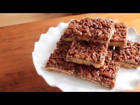 Pecan Pie Bars | SweetTreats