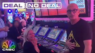 Howie Mandel Surprises Deal Or No Deal Fans In Vegas | Deal Or No Deal