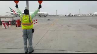 BOEING 777-3 EMIRATES AIRCRAFT MARSHALLING