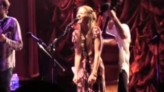 Fiona Apple with Nickel Creek - Mistake