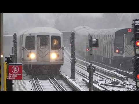 BMT Jamaica Line: R143 R160A-1 & R42 J Trains at 111th St-Jamaica Ave (Weekend-Snow)