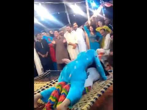 Indian Aunty Funny Sexy Dance Desi Bhabhi Sexy Dance Palang Tod Dance