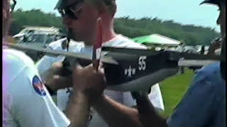 preview picture of video 'Rubber powered B-24 Liberator, Geneseo 1990'