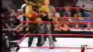 Bradshaw & Trish Stratus vs Jackie Gayda & Christopher Nowinski RAW!