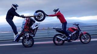 Motorcycle stunts Martin & Kate 2015