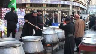 preview picture of video '04-Dec-2011 Karbala - Muharram Nazr Niaz - Food for free distribution near Roza of Hazrat Abbas A.S.'