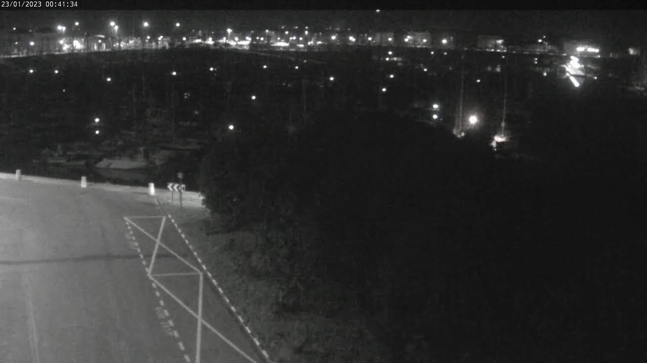 Webcam en live des Sables d'Olonne, depuis le port Olona