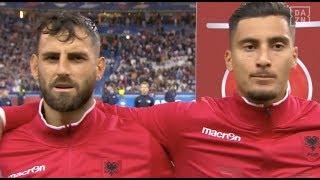 Der Stadion-DJ beim Spiel Frankreich vs. Albanien ist für uns auf jeden Fall der Mann der Woche.   ▶ Sichere dir deinen Gratismonat: http://bit.ly/DAZN-Gratismonat ► DAZN Programm der nächsten 2 Wochen: http://bit.ly/DAZNprogramm  +++ Abonniere hier unsere Social Media Kanäle +++ ▶ YouTube: http://bit.ly/DAZN_DE  ▶ Twitter: https://twitter.com/DAZN_DE  ▶ Instagram: https://www.instagram.com/dazn_de/ ▶ Facebook: https://www.facebook.com/DAZNDE/   +++ Werde Teil unserer Communities auf Facebook +++  ▶ DAZNfightclub (Boxen und MMA): http://bit.ly/DAZNfightclub ▶ DAZNdarts (Darts): http://bit.ly/DAZNDarts ▶ Time2Rise (Basketball): http://bit.ly/DAZNtime2rise ▶ DAZNoriginal (American Football): http://bit.ly/DAZNoriginal ▶ Deine DAZN Plauderecke (alle Themen): http://bit.ly/DAZN-Plauderecke   Erlebe tausende Sportevents in HD-Qualität auf allen Geräten. Auf DAZN gibt's europäischen Top-Fußball mit UEFA Champions League, UEFA Europa League, Bundesliga-Highlights, La Liga, der Serie A und Ligue 1 sowie dem besten US-Sport aus NFL, NBA, MLB und NHL. Dazu: UFC, Bellator, Boxen, Darts, Tennis, Hockey und vieles mehr - wann und wo du willst.  ERLEBE DEINEN SPORT AUF DEINEM TV, SMARTPHONE, TABLET ODER PC.   +++ Über DAZN +++  DAZN bietet seit August 2016 Sportübertragungen über das Internet in Deutschland, Österreich und der Schweiz an. Mit DAZN können Fans ihren Sport so erleben, wie sie es möchten. Egal ob live zu Hause, unterwegs oder auf Abruf. DAZN bietet über 8.000 Sportübertragungen pro Jahr und beinhaltet damit das umfangreichste Sportangebot, das es jemals bei einem einzelnen Anbieter gegeben hat.