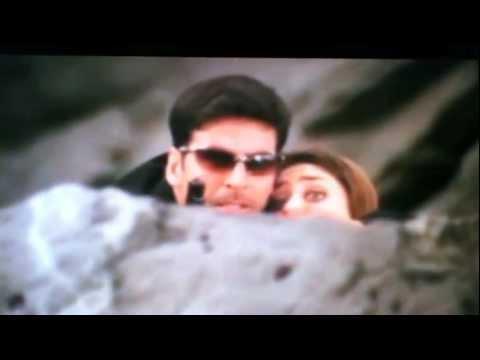 Kareena Kapoor gagged