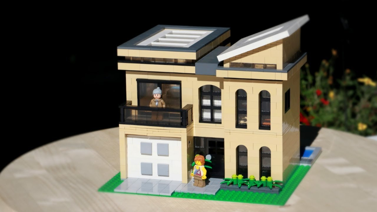HUGE LEGO Custom Beach House!!⎜A LEGO MOC