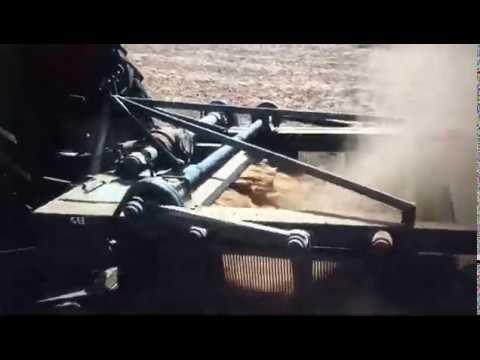 Mungfali Chugai Machine/ Groundnut Harvesting Machine/ Groundnut Digger Machine
