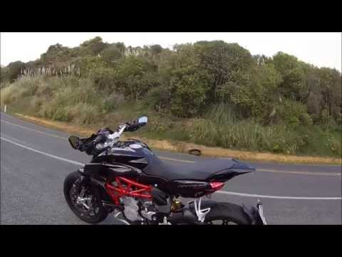 Riding the 2014 MV Agusta Rivale 800