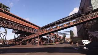 Conveyor belt ArcelorMittal on the right track with Centrax Trouble-free belt conveying is crucial for ArcelorMittal in Belgian Gent. CenTrax ensures that the conveyor belt remains aligned along its entire length.