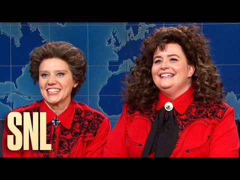 Kate McKinnon And Aidy Bryant Giggled Their Way Through An 'SNL' Sketch About Raw Meat