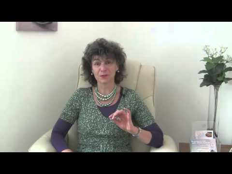 Michele talking about solution-focused hypnotherapy - 1 minute on how hypnotherapy helps
