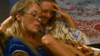 Slipping Through My Fingers - Meryl Streep, Amanda Seyfried