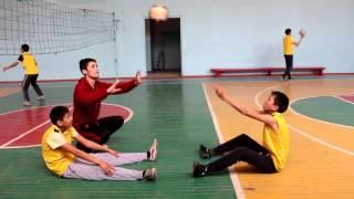 Урок физкультуры волейбол
