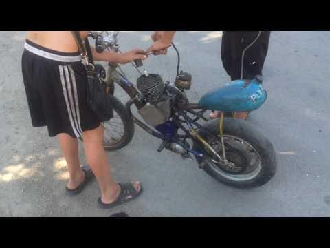 Маленький мопед из детского велосипеда
