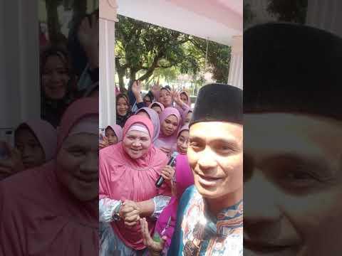 Mamah dedeh & Mang farid bersolawat di istana president