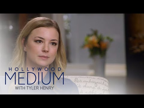 Emily VanCamp Sees Grandmother's Passing in New Light | Hollywood Medium with Tyler Henry | E!