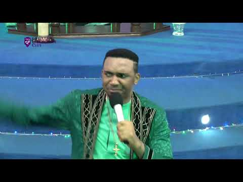 Dr. Chris Okafor Prays For All Our Live Viewers @ Jehovah Ebeneza