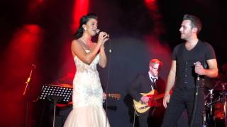 LISA MCHUGH LIVE AT SUNDAY WORLD AWARDS 03