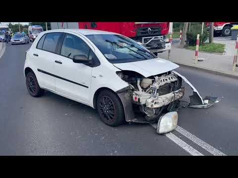 Wideo: Zderzenie trzech aut na ul. Chocianowskiej w Polkowicach