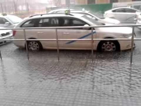 parada taxi estacion d malaga caida d un aguacero