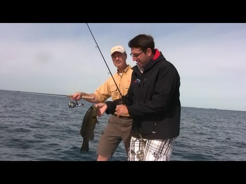 Live Bait vs Artificial Bait Competition: Fishing for Smallmouth Bass