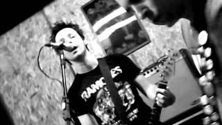 Flanders 72 - The KKK Took My Baby Away (Ramone to the Bone Compilation 2012)