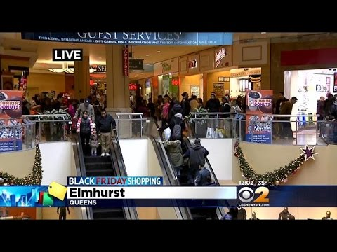 Shoppers Pack Queens Center Mall On Black Friday