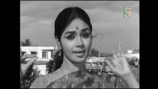 """Hoovu Cheluvella Tandenditu ...."" Song from the Kannanda Movie, ""Hannele Chiguridaaga"""