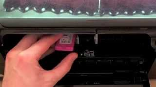 HP Photosmart C4780 - Changing the cartridges