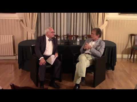 #DebateAmicsPaís con Joan-Pere Viladecans. 'Mi defensa ante el mundo siempre ha sido pintar'