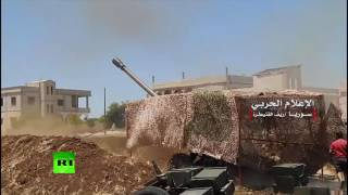 Tanks & rockets: Syrian Army fighting ISIS in Deir El-Zour