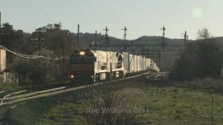 preview picture of video 'Interstate Freight at Ararat : Australian Trains'