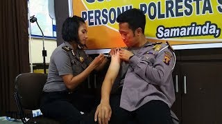 Cegah Penularan, Ratusan Polisi yang Berhubungan Langsung dengan Masyarakat Divaksin Difteri