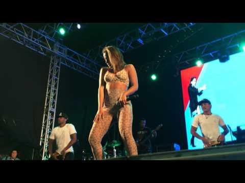 Anitta - Não Para  Show em Praia Grande